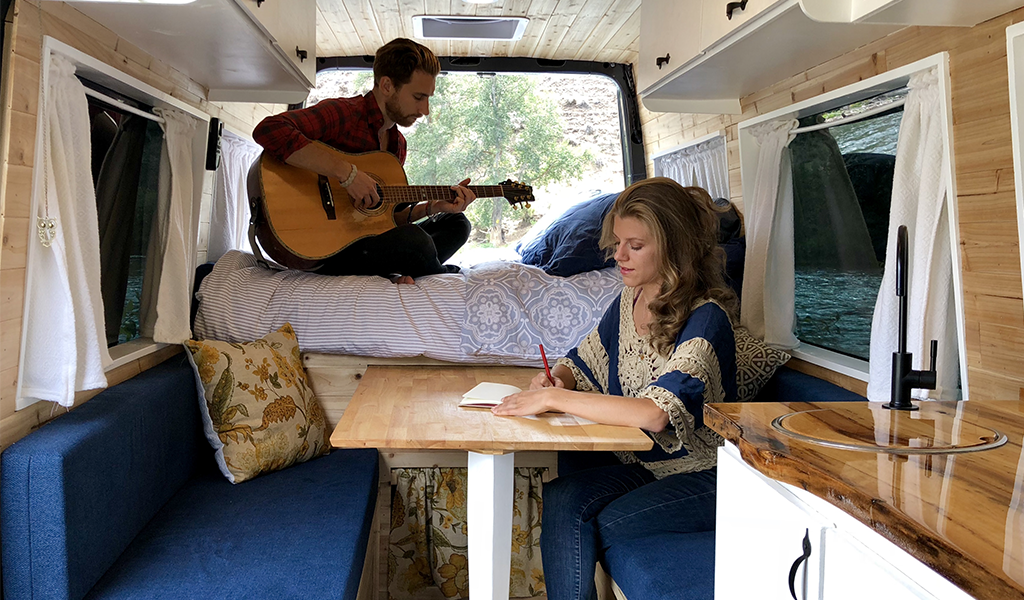 Folk duo Fort Vine Embraces #Vanlife to Tour the U.S.