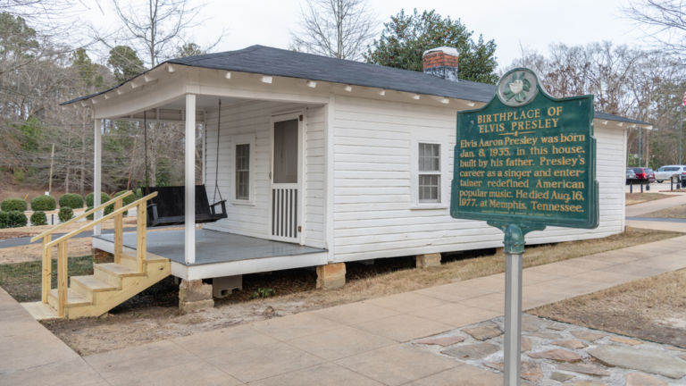 Elvis' birthplace home