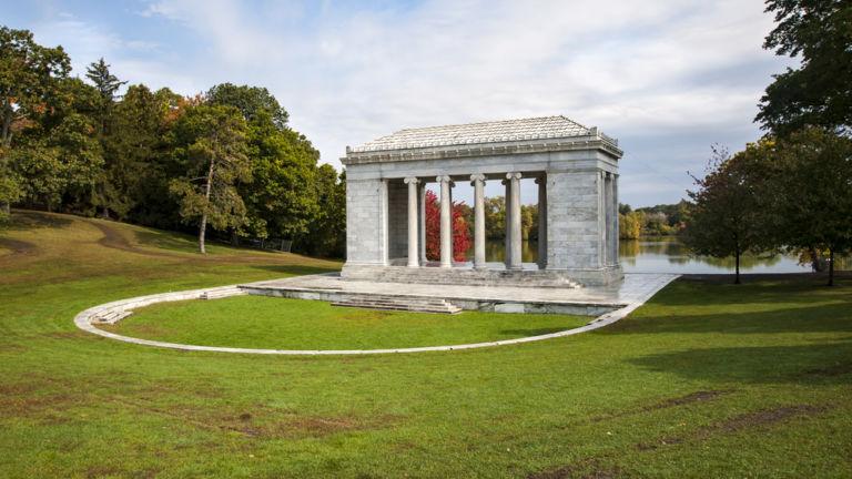 Roger Williams Park in Providence, Rhode Island. Pic via Shutterstock.