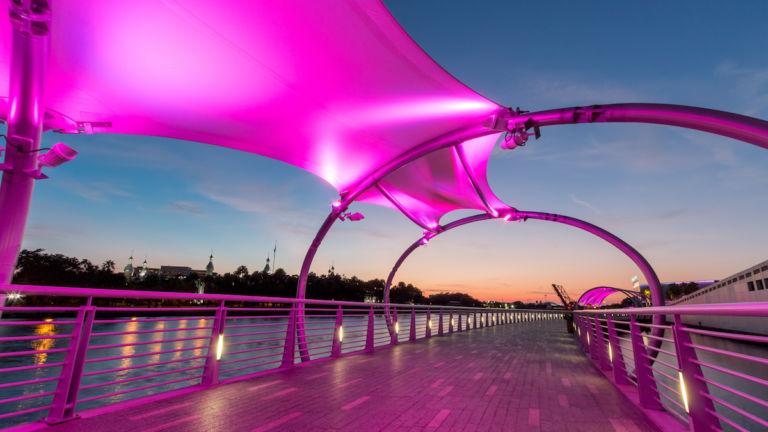 Tampa riverwalk in downtown Tampa