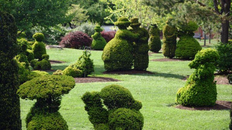 Topiary Garden in Columbus, Ohio. Pic via Shutterstock.