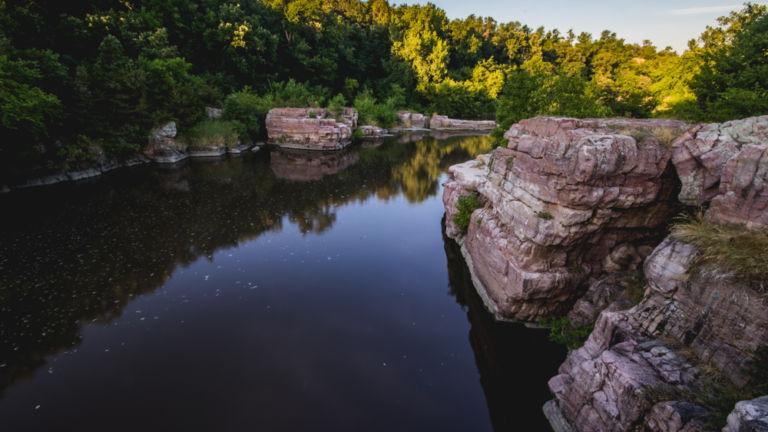 Palisades State Park, Sioux Falls, South Dakota. Pic via Shutterstock.
