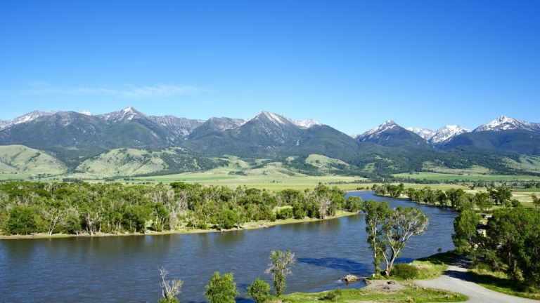 Yellowstone River, Montana. Photo credit: Shutterstock.