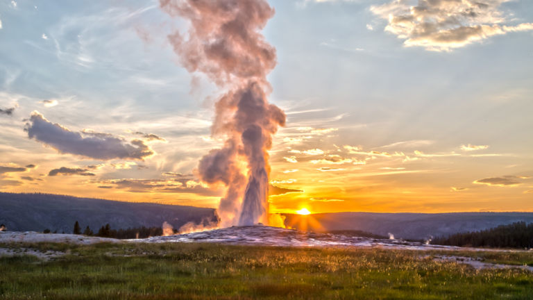 Yellowstone National Park, Jackson, Wyoming. Pic via Shutterstock