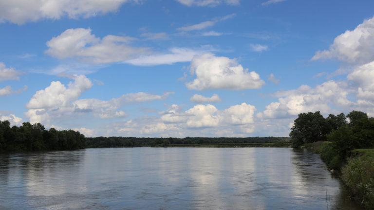 The Des Moines River. Photo via Shutterstock.