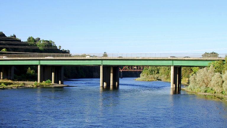 American River access in Sacramento, Calif. Photo via Shutterstock.