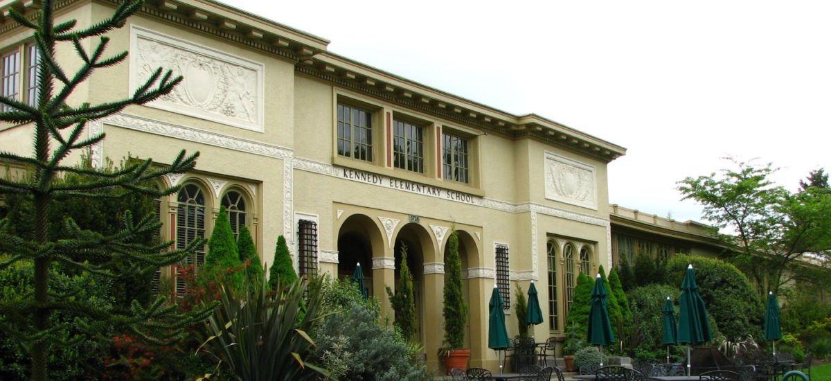 McMenamins Kennedy School Hotel