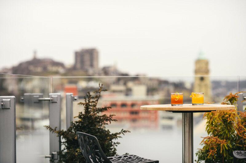 21c Cincinnati, cocktail terrace.