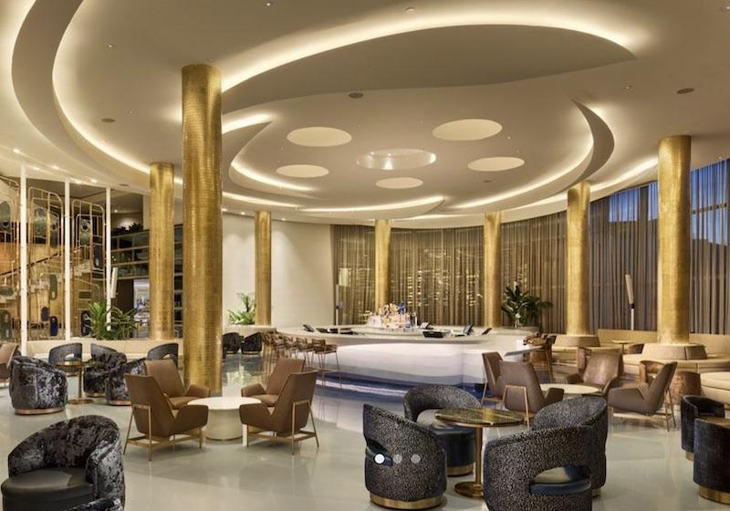 Iconic Hotel Bars: Bleau Bar at Fountainbleau Miami Beach