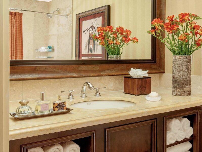 Bathroom at the Rustic Inn Creekside Resort and Spa