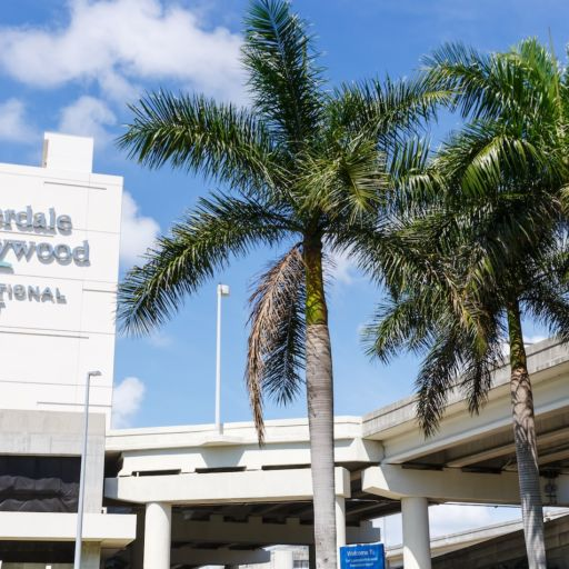 Fort Lauderdale airport. Photo via Shutterstock.
